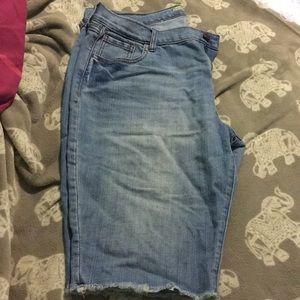 Women's knee length jean Bermuda shorts